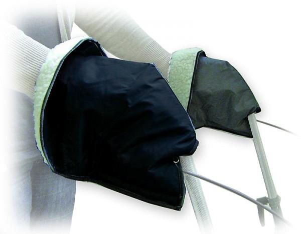 Handschuhe aus Kunstfell halten Ihre Hände am Rollator angenehm warm