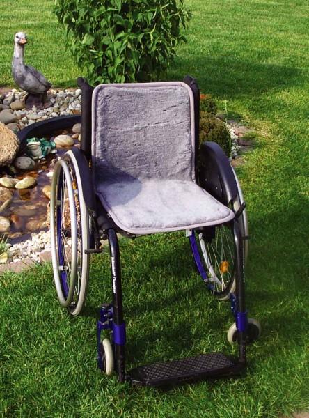 Rollstuhl Auflage durchgehend aus Polyfell von Orgaterm